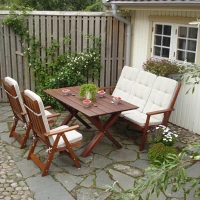 Furniture Groups Frida Group Honey Eden Wood